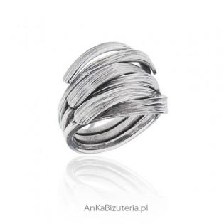 Pierścionek srebrny ORYGINALNA BIZUTERIA