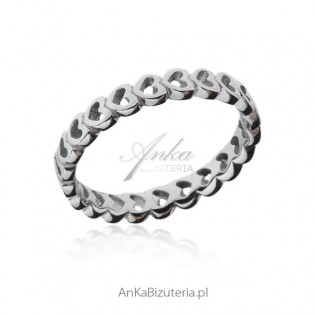Pierścionek srebrny serduszka