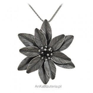 Broszko wisior srebrny oksydowany duży kwiat