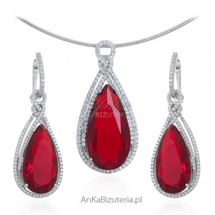 Elegancki komplet biżuteria srebrna z czerwoną cyrkonią