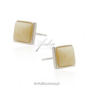 Kolczyki srebrne z bursztynem w biało - żółtym odcieniu