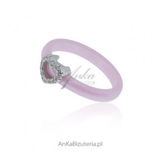 Pierścionek srebrny różowa ceramika