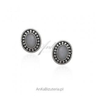 Kolczyki srebrne z błękitnym opalem - biżuteria srebrna z opalem