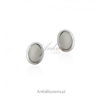 Kolczyki srebrne z prawdziwym opalem - owalne na sztyft