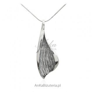 Zawieszka srebrna oksydowana - Biżuteria srebrna