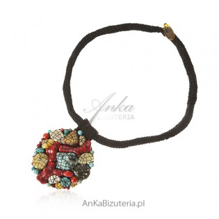 Biżuteria artystyczna z naturalnymi kamieniami ręcznie robiona