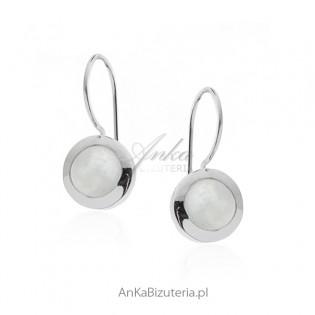 Biżuteria srebrna Klasyczna biżuteria Kolczyki z kamieniem księżycowym