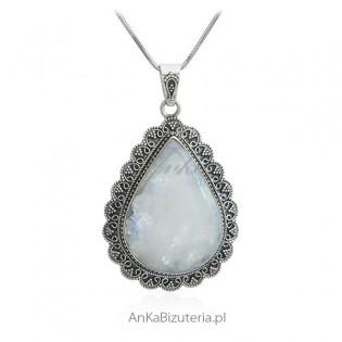 Stylowa biżuteria srebrna - Zawieszka srebrna z kamieniem księżycowym