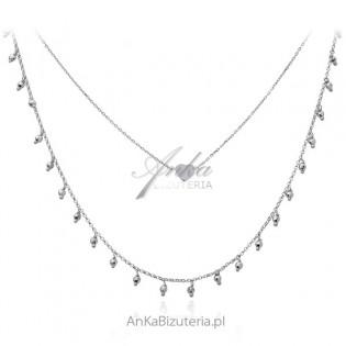 Srebrny naszyjnik z serduszkiem i diamentowanymi kuleczkami