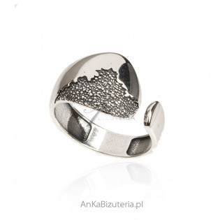 Srebrny pierścionek oksydowany BRAZYLIA