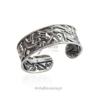 Srebrna bransoletka oksydowana - biżuteria autorska