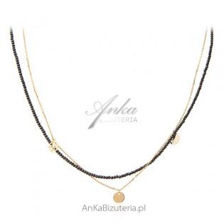 Naszyjnik srebrny pozłacany z czarnymi spinelami i ażurowymi przywieszkami