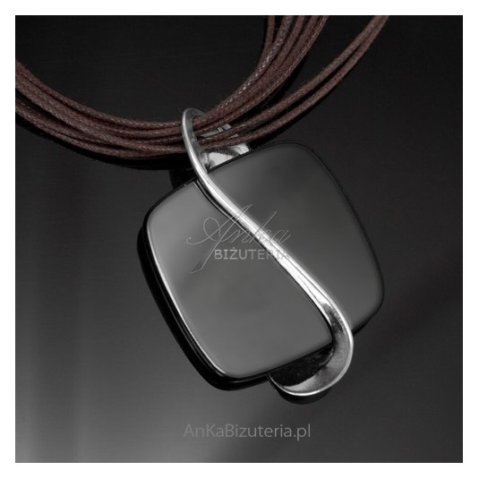 Srebrna biżuteria - wisior srebrny z onyksem