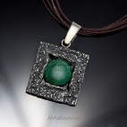 Biżuteria srebrna wisiorek z malachitem duży - piękny prezent