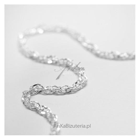 Srebrna biżuteria: modny ŁAŃCUSZEK warkocz