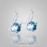 Silberne Quadrat-Ohrringe mit Swarovski-Kristallen.
